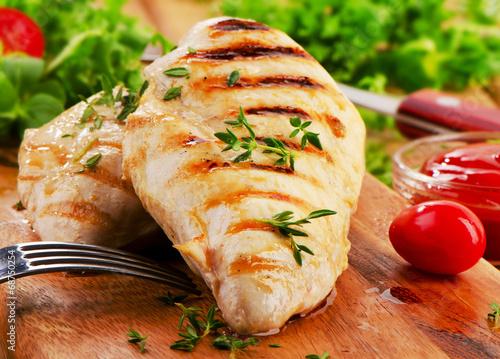 Keuken foto achterwand Kip Grilled chicken breast