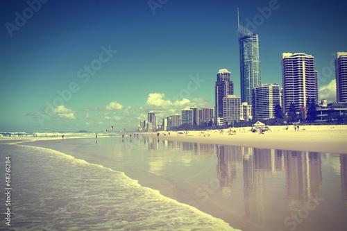 Valokuva  Surfers Paradise, Australia. Cross processed filtered tone.