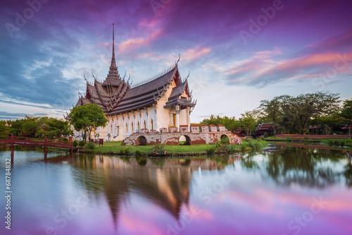 Spoed Foto op Canvas Bangkok Sanphet Prasat Palace, Ancient City