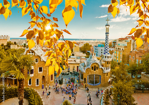Park Guell in Barcelona, Spain. Fototapet