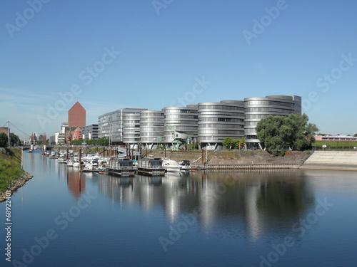 In de dag Stad aan het water Duisburg - Innenhafen
