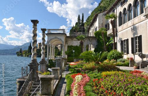View to the lake Como from villa Monastero. Italy Slika na platnu