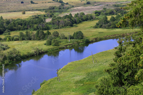 Spoed Foto op Canvas Nieuw Zeeland scenery with pine trees, river and grass