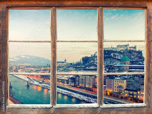widok-z-okna-na-miasto-salzburg-austria