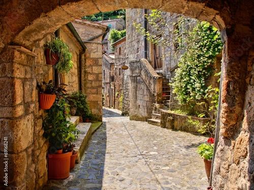 Fototapeta Ulica w toskańskiej wiosce, Włochy ścienna