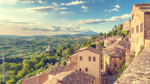 Canvastavla Landscape of the Tuscany seen from the walls of Montepulciano, I