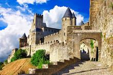 Medieval Castles Of France - C...