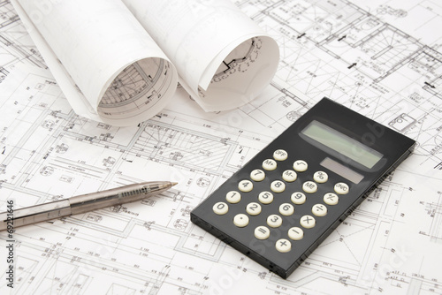 Foto  受託設計イメージ―予算と見積もり