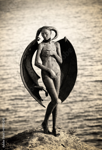 Mystic creature - woman in body paint with wings and horns Canvas-taulu