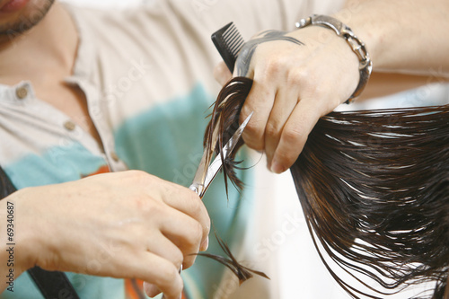 Fotografering  Woman Haircut the hair in salon