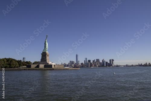 Statue of liberty & Manhattan Canvas Print