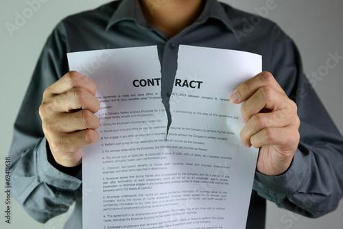 Fotografía  Lagrimeo contrato