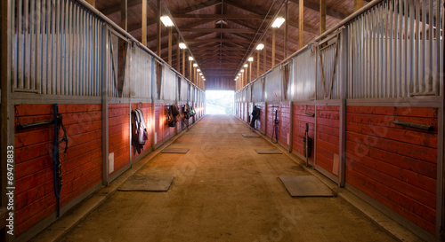 Fototapeta Center Path Through Horse Paddock Equestrian Ranch Stable obraz
