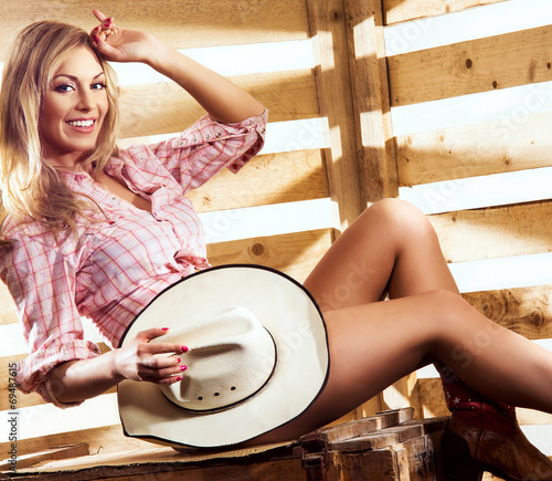 Naked cowgirl pictures