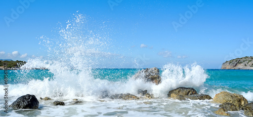 Foto auf Gartenposter Wasser Waves of the sea. Mirabellno Bay