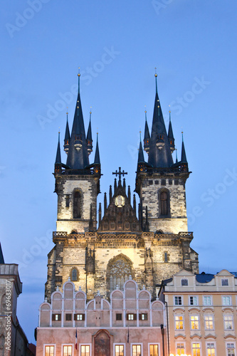 Staande foto Praag Tyn church in Prague