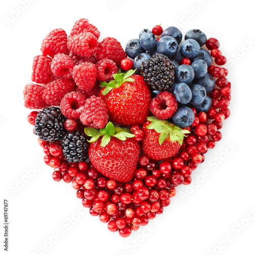 heart shape of fresh berries - 69747677