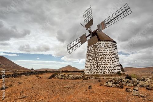 Fotobehang - Wiatrak,Wyspy Kanaryjskie, Fuerteventura,Hiszpania,