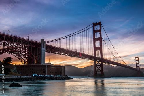 Fotobehang Brooklyn Bridge Golden Gate Bridge sunset