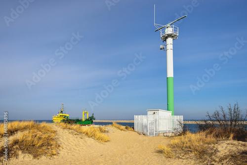 Fotobehang - Morze, radar portowy do nawigacji