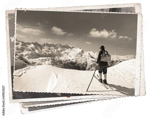 retro-zdjecie-narciarza-na-szczycie-stoku