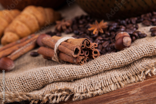 Deurstickers koffiebar cinnamon sticks on the bag