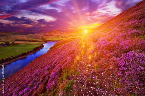 piekny-krajobraz-szkocki-charakter
