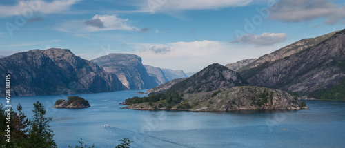 Staande foto Oceanië View into beautiful Lysefjord