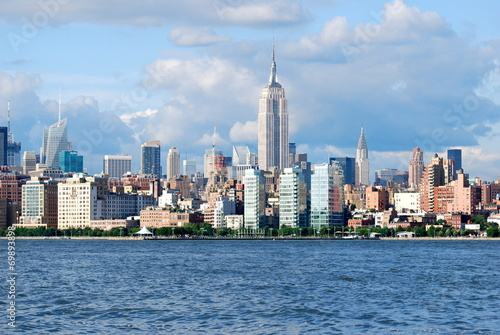 Photo  Manhattan Skyline with Empire State Building , New York City