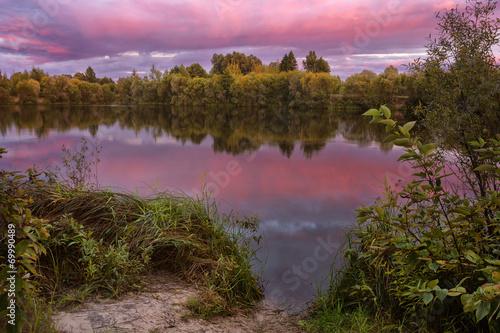 Foto op Plexiglas Purper Evening on the lake 7