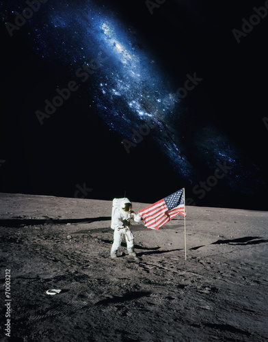 Keuken foto achterwand Nasa Astronaut walking on moon. Elements of this image furnished by N