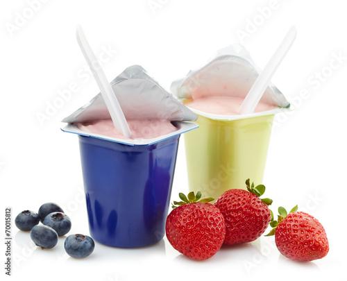 Staande foto Zuivelproducten two plastic yogurt pots