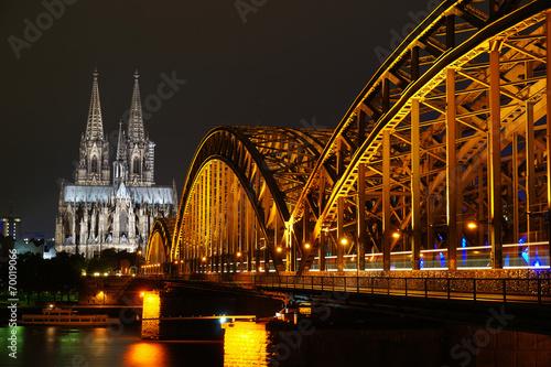 Köln bei Nacht #70019066