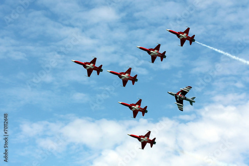 fototapeta na drzwi i meble Patrouille Suisse w Payerne Air14
