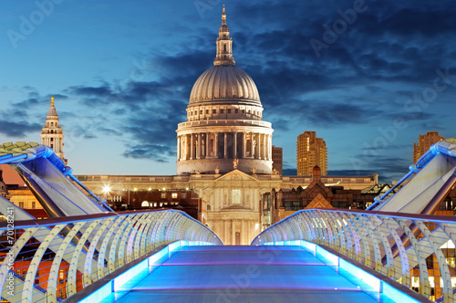 Poster London Millennium Bridge leads to Saint Paul's Cathedral in central Lon