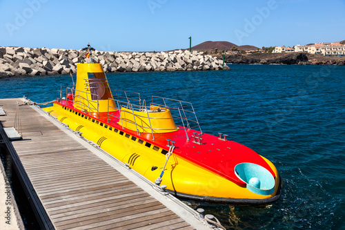 Papiers peints Scandinavie Touristic submarine at Tenerife - Canary Spain