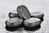 Fototapeta Kamienie - Kamienie bazaltowe do spa