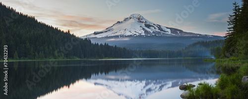 Fototapeta Volcano mountain Mt. Hood, in Oregon, USA. obraz