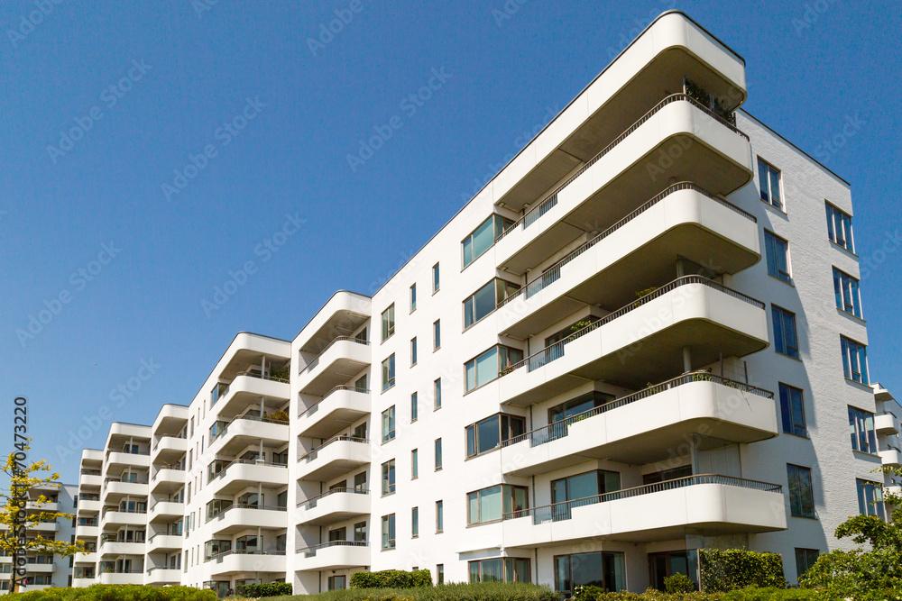 Fototapeta Contemporary residential building