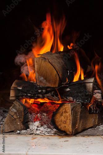 fototapeta na lodówkę drewno opałowe