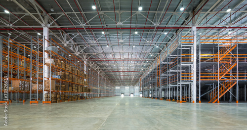 Tuinposter Industrial geb. A big storage room