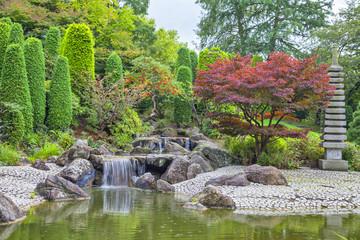 Fototapeta samoprzylepna Cascade waterfall in Japanese garden in Bonn