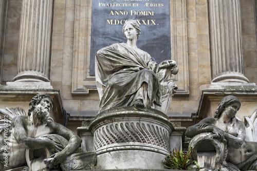 Fotografía Paris -  Fountain of the four seasons. France
