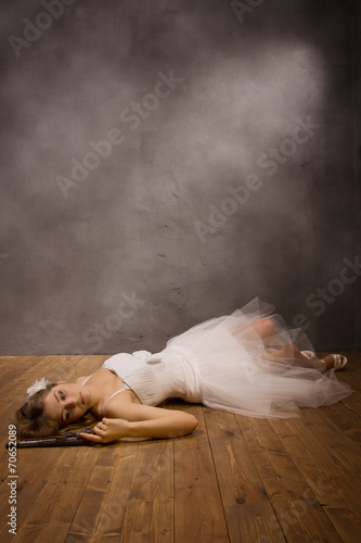 Bride corpse with pistol  in hand Wallpaper Mural