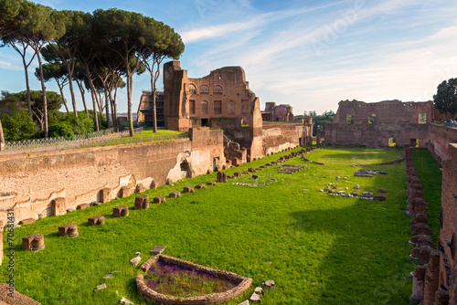 Obraz na plátně  View of the Stadium of Domitian on the Palatine Hill in Rome