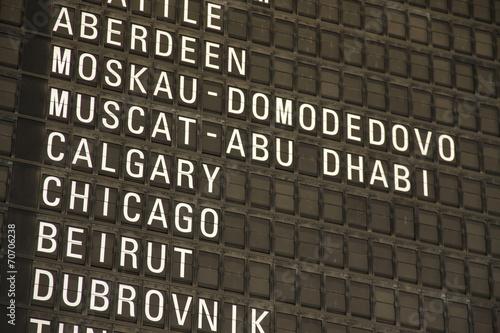 Fotografering  Anzeigetafel am Flughafen