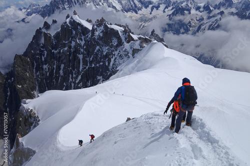 Alpinistes à l'Aiguille du Midi - Massif du Mont Blanc Canvas Print