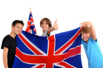 FototapetaPrêt pour l'anglais 02 - Enfants drapeau Union Jack