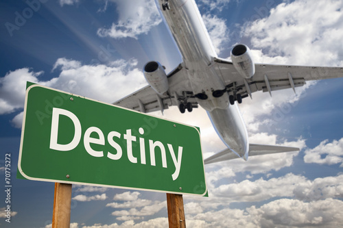 Foto op Canvas Texas Destiny Green Road Sign and Airplane Above