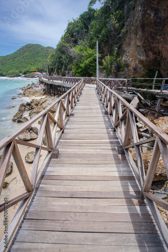 Printed kitchen splashbacks Zanzibar Wooden Bridge with beach
